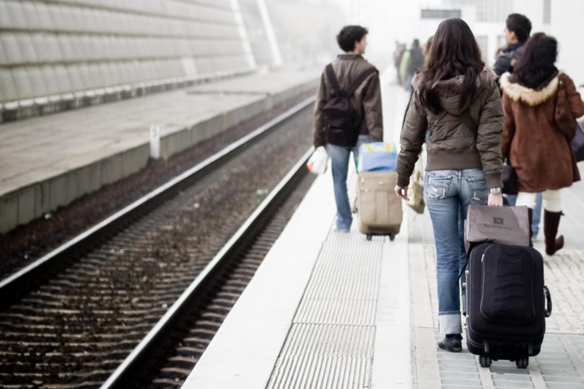 Le train pas cher : Dossier pratique de voyage - m