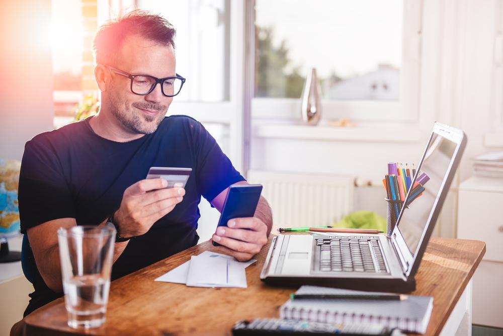 Tarifs, frais, prix le coût de la carte bancaire en bref