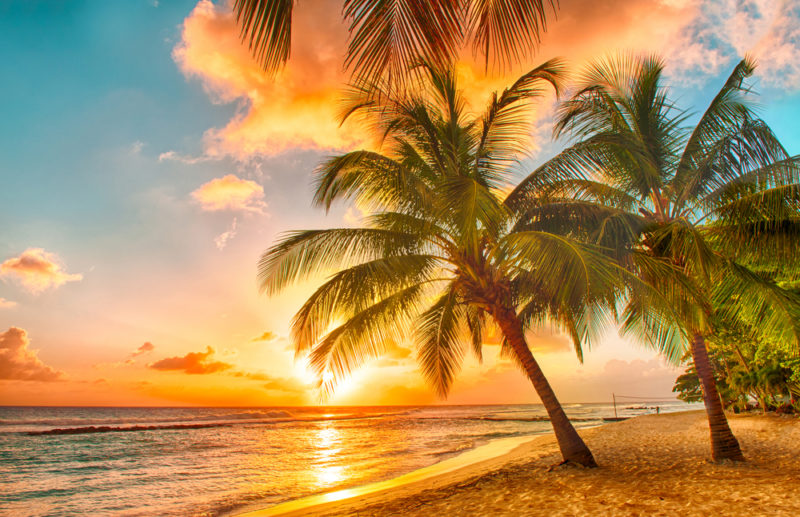Belle vue aux antilles d'un coucher de soleil