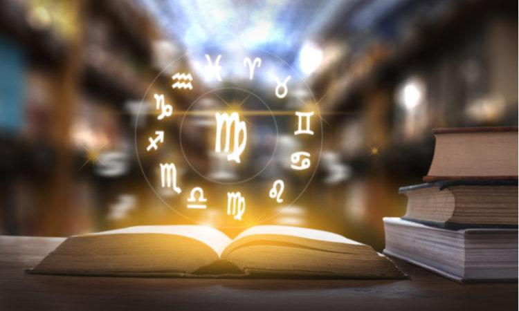 Horoscope pour le futur, l'avenir avec les astres